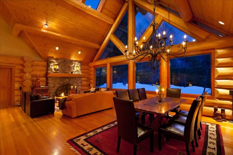 Luxury Log Chalet with Private Hot Tub :: Whistler Creekside Main Photo